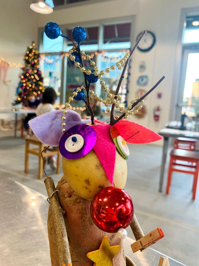 Reindeer Potato Head / small hands big art