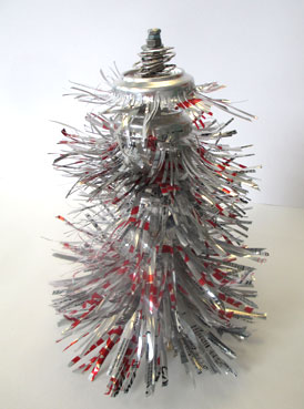 coke can christmas tree | wwww.smallhandsbigart.com/blog
