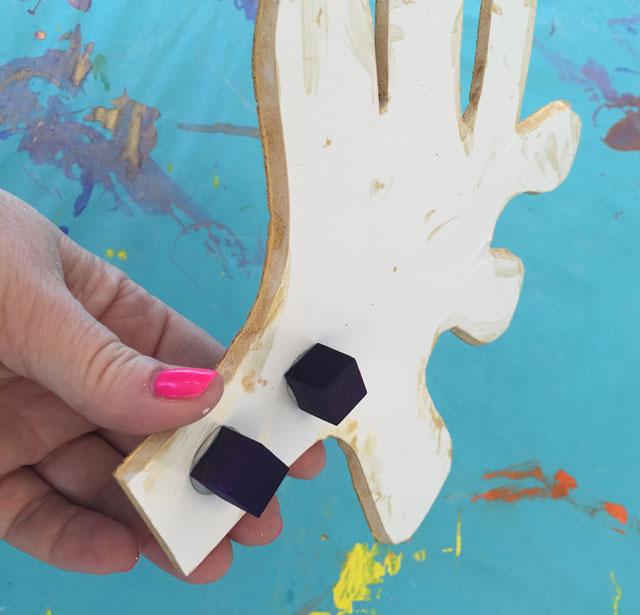 Papier Mache Reindeer Craft | www.smallhandsbigart.com