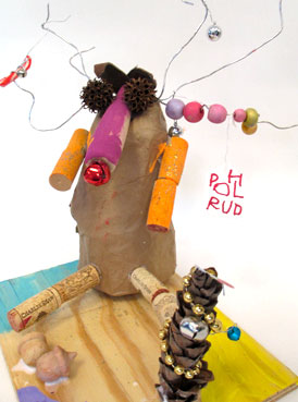 Papier Mache Reindeer | Upcycled Holiday Reindeer | www.smallhandsbigart.com/blog