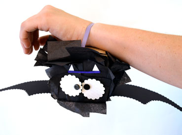 Pet Bat | www.smallhandsbigart.com/blog