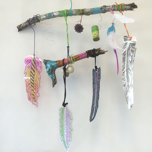 Mixed Media Feathers | www.smallhandsbigart.com